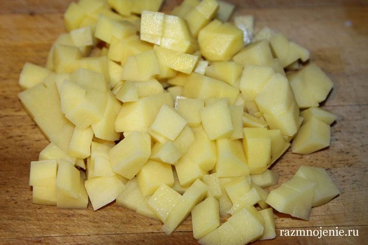 Картошка готова к варке.